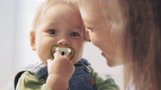 Влияет ли пустышка на прикус ребенка?